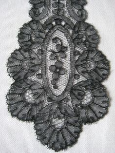 Antique Lace Handmade Chantilly Lappets Tie   eBay