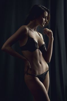 Marianna Giordana Paris - Chantilly Lace Set -- Model: Cassie H