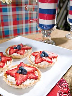 Red, White, and Blue Star Tarts  Cute and patriotic