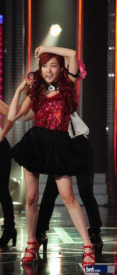 [bnt포토] 소녀시대 태티서 티파니, 완벽한 S라인 / 한국경제 : bnt뉴스 / May 23, 2012 / #Tiffany #TaeTiSeo #SNSD