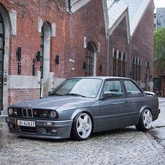 BMW E30 3 series grey
