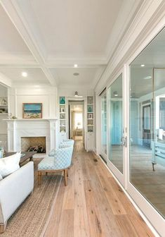 Excellent 90 Chic Beach House Interior Design Ideas