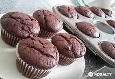 Rusztikus csokis muffin Nutella, Muffins, Sweets, Breakfast, Food, Morning Coffee, Muffin, Good Stocking Stuffers, Candy