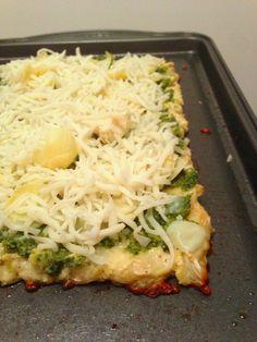 Recipe: pesto artichoke pizza on cauliflower pizza crust