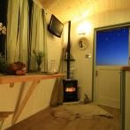 Deluxe Shepherd Hut Holidays at Three Cliffs Bay Holiday Park