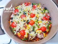 Kahvaltıya Şipşak Tencere Pizzası (20 Dakika) - Nefis Yemek Tarifleri Cobb Salad, Pizza, Food, Essen, Meals, Yemek, Eten