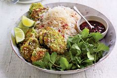 A balanced mid-week meal created by Jamie Oliver that is light on calories and full of flavour. Broad Bean Recipes, Salad Works, Vegetarian Recepies, Fried Beef, Healthy Gluten Free Recipes, Rice Noodles, Jamie Oliver, Savoury Dishes, Prawn