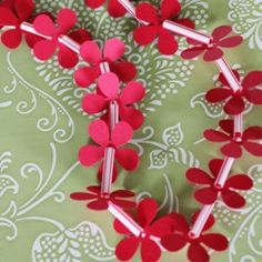 Just added my InLinkz link here: http://www.happinessishomemade.net/2014/05/17/45-quick-easy-kids-crafts-anyone-can-make/