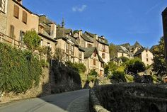 Conques and the Cathedrale Ste-Foy