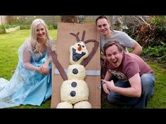 Do you wanna build a snowman? But do you wanna build a giant olaf snowman from the movie frozen? Let it go guys as my mate James & I show you how to do just that! Olaf Snowman, Build A Snowman, Giant Food, Olaf Frozen, Rice Krispies, Teddy Bear, Guys, Classic, Recipe