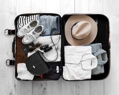 How To Pack Light - Our Top Secrets - Beige Renegade