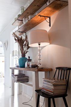 Diy shelf & table
