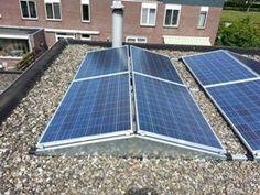 Oost west zonnepanelen op plat dak