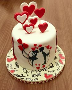 Valentine cake love cake and more cake, birthday cake, valentine. Happy Anniversary Cakes, Wedding Anniversary Cakes, Wedding Cakes, Anniversary Cake Designs, Anniversary Gifts, Fondant Cakes, Cupcake Cakes, Fondant Cupcake Toppers, Amazing Cakes