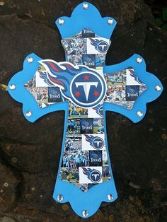 Tennessee+Titans+Wooden+Cross+with+pictures+and+by+Lmorales52,+$35.00