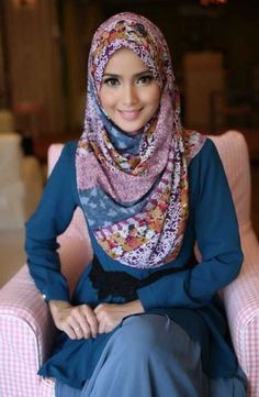 cute hijab outfits,hijab style for wedding party,wedding hijab style,modern hija… – Hijab Fashion 2020 Muslim Women Fashion, Arab Fashion, Fashion 2020, Hijabi Girl, Girl Hijab, Hijab Outfit, Beautiful Muslim Women, Beautiful Hijab, Hijabs