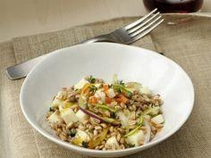Insalata di grano, zucchine e pinoli | Sale&Pepe