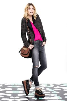 Vitamina Otoño - Invierno 2015 Just Style, Looks Style, Casual Looks, Wedge Sneakers Style, Casual Outfits, Fashion Outfits, Womens Fashion, Fall Winter Outfits, Casual Chic