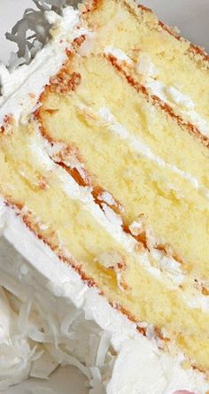 Old Fashioned Coconut Cake Recipe, Cake Recipes Coconut Desserts, Coconut Recipes, Just Desserts, Baking Recipes, Delicious Desserts, Coconut Cakes, Coconut Cake Easy, Vegan Coconut Cake, Lemon Cakes