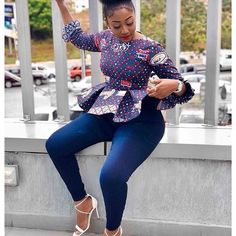 Collection of the most beautiful and stylish ankara peplum tops of 2018 every lady must have. See these latest stylish ankara peplum tops that'll make you stun Ankara Peplum Tops, Ankara Blouse, Ankara Dress, Ankara Styles For Men, Ankara Gown Styles, Latest Ankara Styles, African Fashion Ankara, African Print Fashion, Africa Fashion