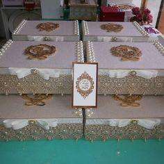 Caixa convite para padrinhos do casamento de Chalana e…