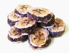 Hellaton kokki: Raakaminttulaku ja banaaniraakatoffeelaku ystävänpäiväksi