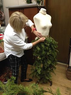 Sew Much To Give: My Mannequin Dress Form Christmas Tree