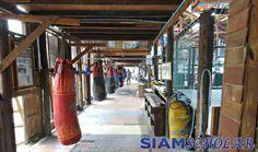 A review of the 13 Coins Muay Thai gym in Bangkok, Thailand. Martial Arts Gym, Fight Gym, Muay Thai Gym, Siam, Gym Interior, Boxing Gym, Gym Design, Dojo, Photo Art