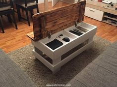 http://www.palletsideas.com/wp-content/uploads/2015/12/Wood-Pallet-Coffee-Table-with-Storage.jpg