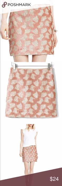 🎉HP🎉Banana Republic Sequin Mini Skirt Banana Republic Sequin Mini Skirt in Blush. 100% Polyester. Blush Pink and Ivory. Shine bright in this sequin stunner complete with geo print and contrasting sequins. Invisible side zip Banana Republic Skirts Mini