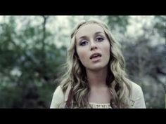 Zella Day - 7 Nation Army (OFFICIAL VIDEO) - YouTube