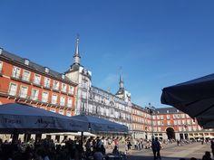Edificios históricos de Madrid Villas, Madrid, Louvre, Building, Travel, Temple, Viajes, Buildings, Villa