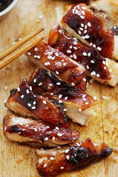 Char Siu Chicken - crazy delicious oven-roasted chicken with sweet, sticky and savory Chinese Char Siu marinade. This chicken is finger licking good, . Oven Roasted Chicken, Braised Chicken, Char Siu Chicken, Chinese Chicken Marinade, Roast Chicken Marinade, Asian Chicken, Chicken Curry, Seafood Recipes, Cooking Recipes