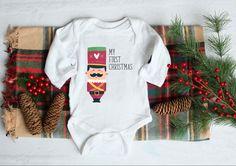 Αυτά θα είναι τα πιο ονειρικά Χριστούγεννα...Το νέο μέλος της οικογένειας είναι επιτέλους εδώ! Christmas Soldiers, My First Christmas, Baby Bodysuit, Onesies, Kids, Clothes, Fashion, Children, Tall Clothing
