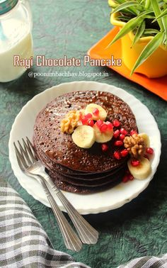 Annapurna: Ragi Chocolate Pancake Chocolate Pancakes, Chocolate Biscuits, Homemade Chocolate Syrup, Chocolate Recipes, Breakfast For Dinner, Breakfast Recipes, Healthy Gingerbread Cookies, Millet Recipes, Good Food