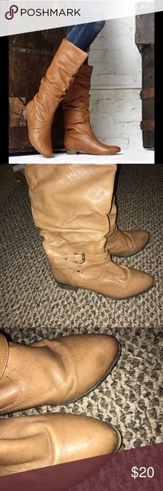 Steve Madden Boots very similar to the pictured ones except mine have a detachable (i think it's detachable) belt. one of my friends spilled a drink on them like 2 or 3 years ago when i got them but it's barely noticeable when wearing since it faces the inside of the leg. I have no clue how to fix it so i just wore them like this. signs of wear and visible stains   offers welcome!💓 Steve Madden Shoes