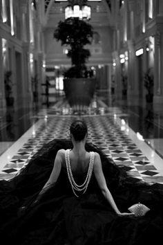 de701342d6a8d Lady in black Seksowny, Coco Chanel, Kobieta, Beleza, Moda Miejska,  Wstępniaki