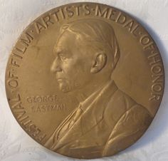 1989 Large Bronze Medal of Honor George Eastman Awarded Museum of Photography
