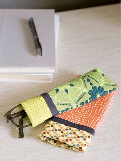 This fun eyeglass case can be made in one day in any of your favorite fabrics. Video tutorial and digital pattern available for this fun little project!