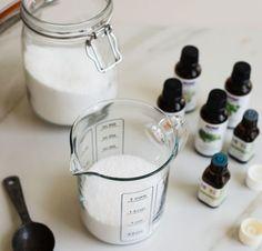 změkčovadlo na prádlo (sůl a esenciální olej)