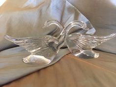 RARE PAIR OF VINTAGE 1940'S CLEAR SOLID GLASS SWANS GREAT CONDITION, BEAUTIFUL!