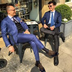Enjoying Hannover with my friend and super weather! Mens Fashion Suits, Mens Suits, Male Fashion, Gentleman's Wardrobe, Sheer Socks, Grey Trousers, My Style, Sweet Style, Style Men