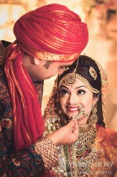 Indian Wedding Couple Photography, Indian Wedding Bride, Indian Wedding Photos, Wedding Couple Photos, Bridal Pictures, Bridal Photography, Photography Couples, Indian Bridal, Pre Wedding Photoshoot