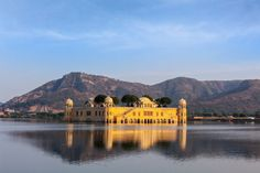 This floating palace is called the Jal Mahal. Leaving the outskirts of Jaipur in Rajasthan, India, one sees the former summer palace of the princes, enthroned in the middle of Man Sagar Lake.