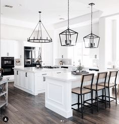 Are you looking for ideas for farmhouse kitchen? Browse around this website for amazing farmhouse kitchen pictures. This specific farmhouse kitchen ideas seems to be totally terrific. Modern Farmhouse Kitchens, Black Kitchens, Home Kitchens, Kitchen Modern, Farmhouse Kitchen Lighting, Modern White Kitchens, Remodeled Kitchens, Farmhouse Pendant Lighting, Farmhouse Chandelier