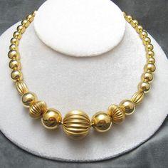 vintage-bead-necklace-napier-jewelry
