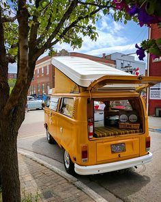 We will be at June Jitter Bug this weekend with tons of other , and everything else Firemens Park, Niagara Falls. Vw T2 Camper, Vw Caravan, Kombi Motorhome, Volkswagen Bus, Vw T1, Ww Car, Combi T2, T2 Bus, General Motors