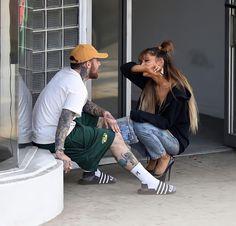 Mac Miller And Ariana Grande, Ariana Grande Mac, Ariana Grande Fotos, Ariana Grande Photoshoot, Ariana Grande Pictures, Ariana Geande, Selena, Selfies, Dangerous Woman