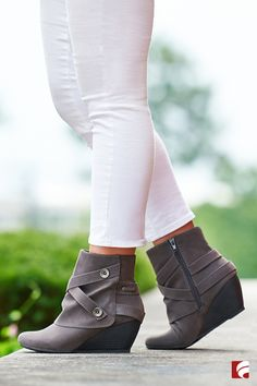 The search is over, ladies! You just found your pair of go-to booties for the fall. The Batone Wedge Bootie from Blowfish is stylish enough for a night on the town and comfortable enough for the office. Pair with your favorite skinny jeans for a more casual look or dress up with a high-waisted skirt and solid tights.