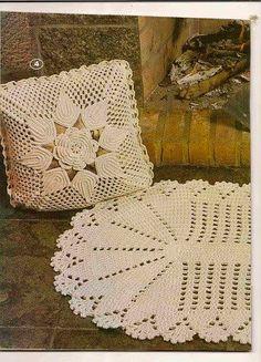 Letras e Artes da Lalá: Tapete e almofadas de crochê (sem receitas. Fotos encontradas no pinteres.com/desconheço autoria)
